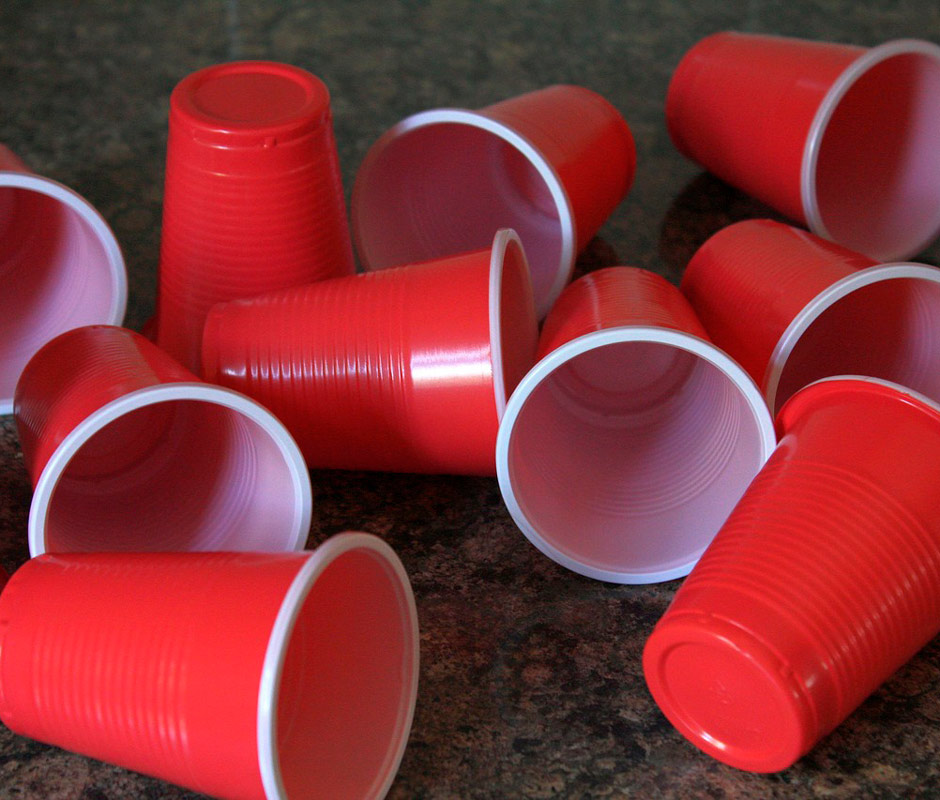 Vasos reciclables de material PET