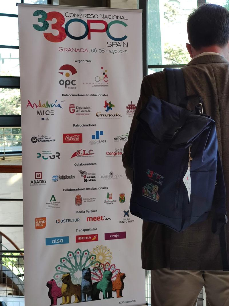 Mochila personalizada de Custom Design Bags para el congreso de OPC
